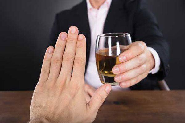 مراحل ترک اعتیاد الکل در کلینیک تخصصی در تهران