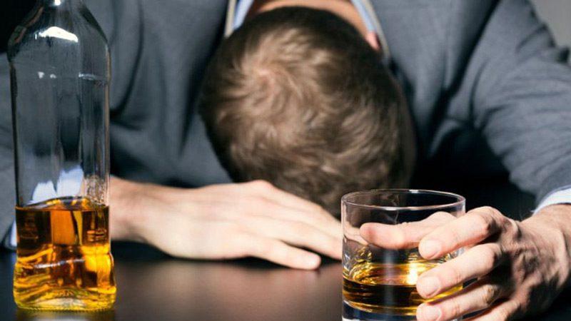 نشانه های اعتیاد به الکل چیست