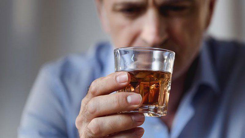 نوشیدن الکل و تاثیر آن بر هورمون های بدن